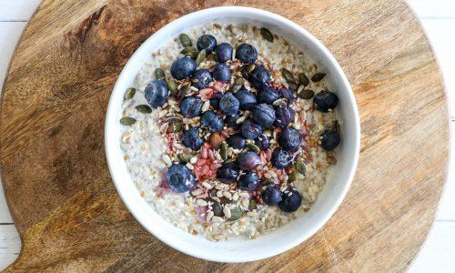 Super Porridge with blueberries